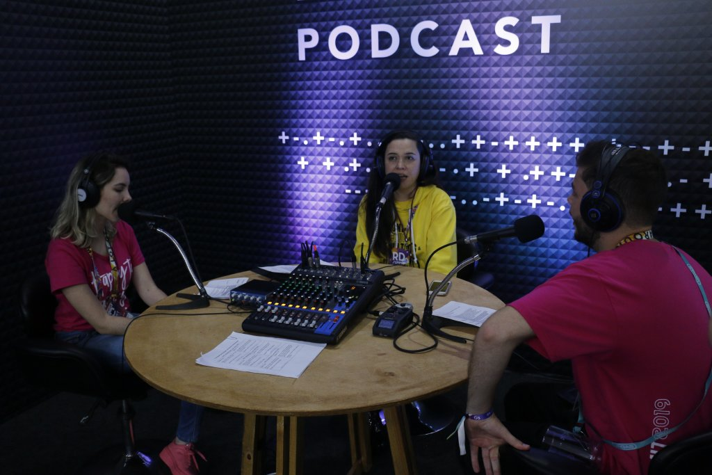 CEO da Layer Up participa de podcast Show me The ROI durante a premiação RD Summit